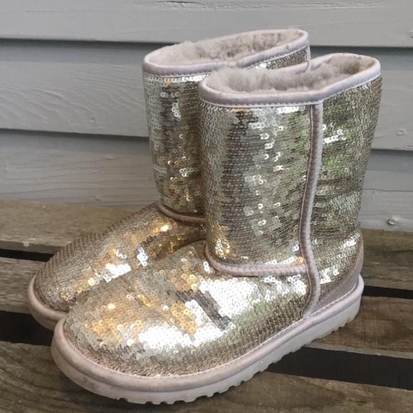 e63608ea43a UGG Silver Classic Short Boot Shimmer & Shine Boot